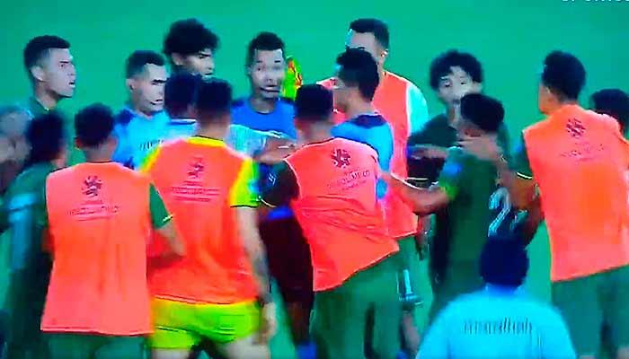 Centenario Armenia bolivianos árbitro