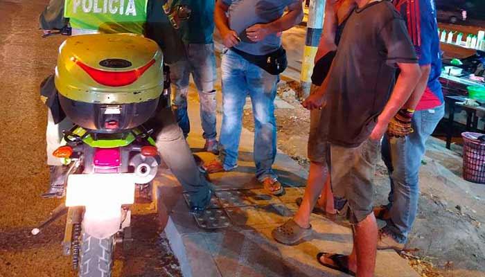 Bucaramanga expulsan venezolanos toque de queda