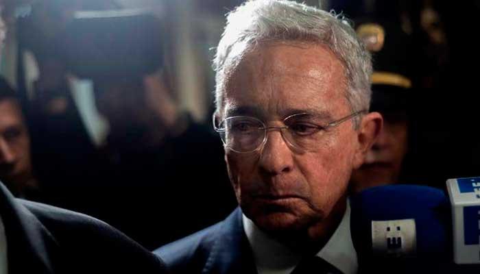 Farc negaron crímen del papá de Uribe, y el expresidente está indignado